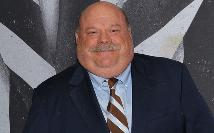 How much does Jessie star Kevin Chamberlin Earns? What is Kevin Chamberlin Net Worth?