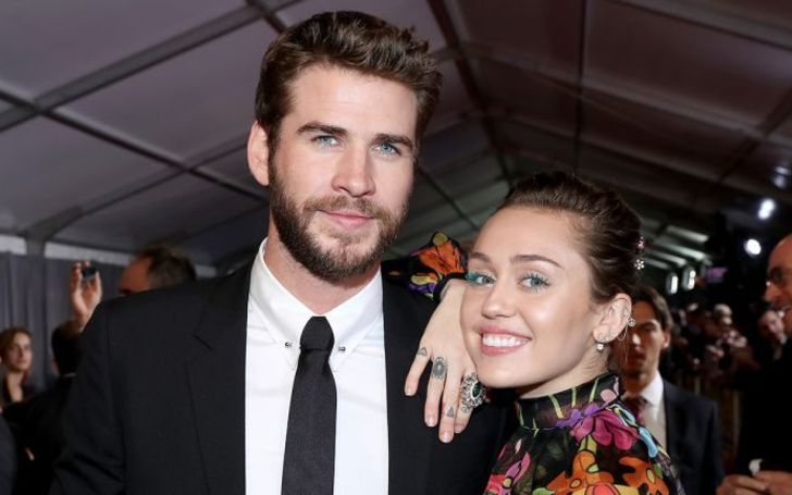 Sources Reveal Miley Cyrus Fought 'Real Hard' to save her Marriage with Liam Hemsworth; She Reportedly Wanted to go to Therapy
