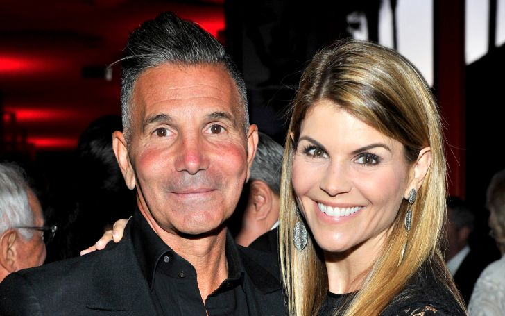 Controversial Lori Loughlin and her Marriage with Husband Mossimo Giannulli Coming To an End?