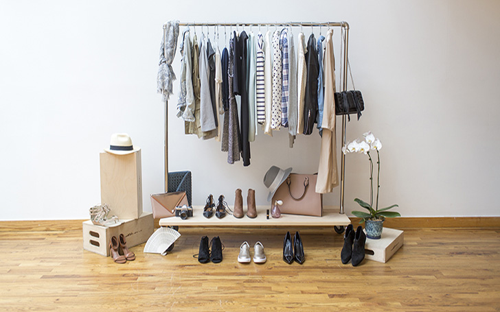 What Does Capsule Wardrobe Mean? How to Build Capsule Wardrobe?