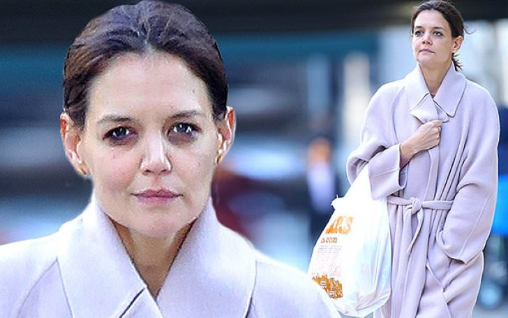 Katie Holmes Stepped Out Makeup Free To Do Some Grocery Shopping