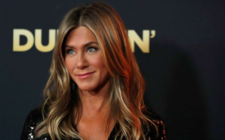 Jennifer Aniston Reportedly Desperate To Have a Boyfriend Before 50th Birthday