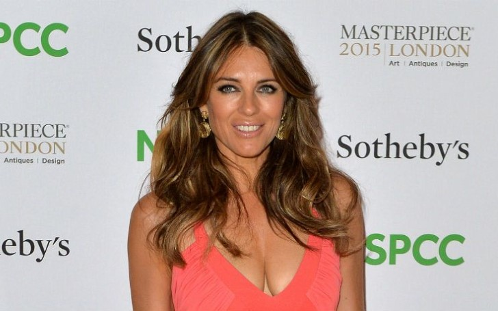 A QUIÉN TE CALZARÍAS AHORA MISMO ? - Página 13 There-anything-elizabeth-hurley-cant-pull-off-53-year-old-beauty-looks-flawless-blush-pink-dress-1551971465