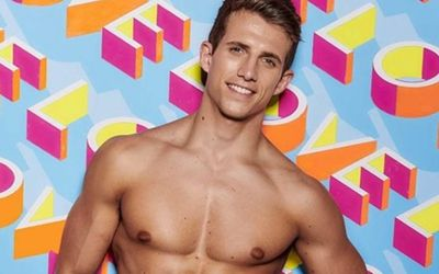 Meet Love Island Season 5 Contestant And Aircraft Engineer Callum Macleod!