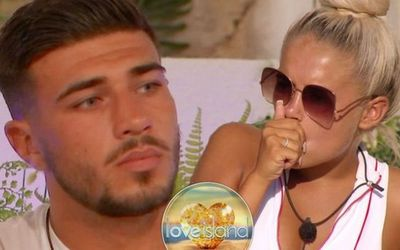 Love Island Fans Accuse Molly-Mae Hague Of Faking Her Tommy Fury Romance