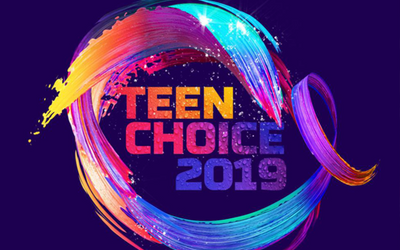 Teen Choice Awards 2019: Check Out The Best Red Carpet Fashion From The Stars!