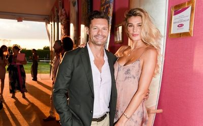 Ryan Seacrest And Ex Shayna Taylor Are 'Just Friends' Despite Going On Vacation Together!