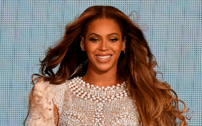 Beyonce Went Braless in Plunging Embellished Co-ord as She Enjoys a Romantic Night Out With Jay Z