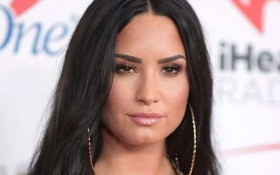 Demi Lovato is Unhappy With Instagram For Allowing Fat-Shaming Ads On Their Feeds