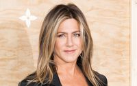Jennifer Aniston's Hairstylist Provides Tips On How To Keep Color This Summer