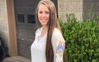 Historic Day For Jill Duggar As She Gets Her Hair Done In A Salon For The First Time!