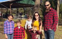 Jenelle Evans Disabled Comments on Controversial Ensley Picture On Instagram