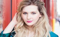 Abigail Breslin Top 5 Movies And TV Shows!