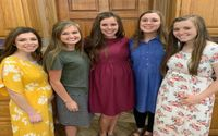 Five Duggar Women Currently Pregnant Pose For A Family Photo Showing Off Their Growing Baby Bumps