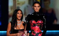Emmy Audiences Laughed at the KUWTK Stars Kim Kardashain and Kendall Jenner During The Award Presentation