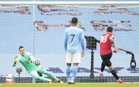 Manchester United Beat Manchester City 0-2 To End Their 21-Game Winning Run