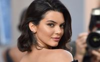 Kendall Jenner Goes Braless and Flashes Her Nipple On The Red Carpet At British Fashion Awards