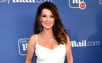 'Real Housewives of Beverly Hills' Star Lisa Vanderpump visits fans in Katy