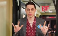 Pete Davidson Compares R. Kelly to the Catholic Church; Speaks About Dating Kate Beckinsale