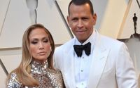Jennifer Lopez and Alex Rodriguez got Engaged A Few Days; Relieve The Moment as A. Rod got on his Knees in a Surreal Backdrop