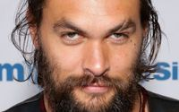 The Horrifying Story Behind Jason Momoa's Face Scar!