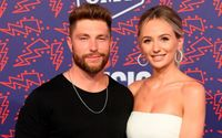 Bachelor alum Lauren Bushnell and Chris Lane are Engaged