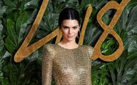 Supermodel Kendall Jenner Proudly Showed Her Underwear At British Fashion Awards