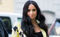 Demi Lovato Debuts Dramatic New Hair Cut on Social Media