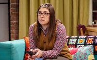 Mayim Bialik Bids Goodbye To The Big Bang Theory By Sharing The Final Video Of Empty Dressing Room